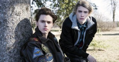 """EYEWITNESS -- """"Pilot"""" Episode 101 -- Pictured: (l-r) Tyler Young as Philip Shea, James Paxton as Lukas Waldenbeck -- (Photo by: Christos Kalohoridis/USA Network)"""