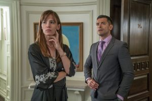 "M207 Jennifer Garner and Mark Consuelos star in EuropaCorp's ""NINE LIVES"". Photo Credit: Takashi Seida © 2016 EuropaCorp"